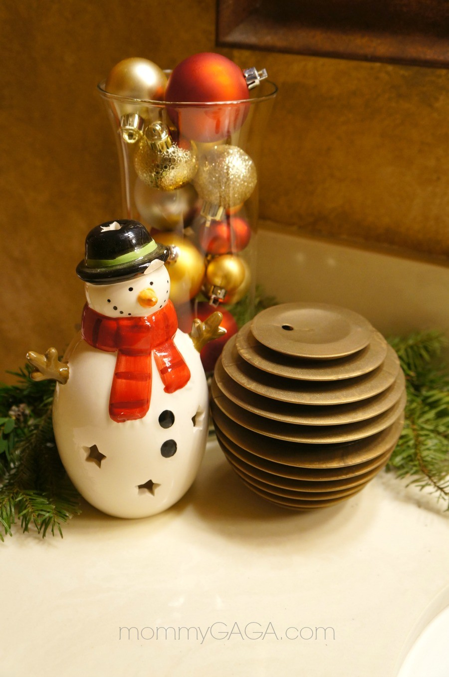 DIY Christmas decorating ideas, Glade sense and spray fragrance