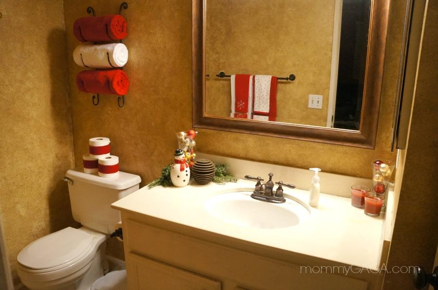 Exceptional Simple Holiday Home: Christmas Decorating Ideas For The Guest Bathroom